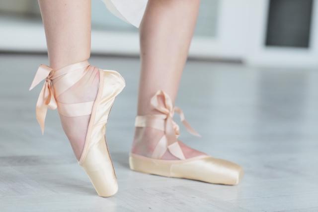 バレリーナの柔らかい足首